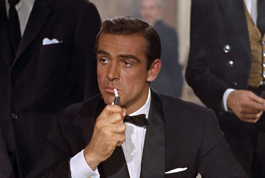O cabelo de Sean Connery em James Bond era falso