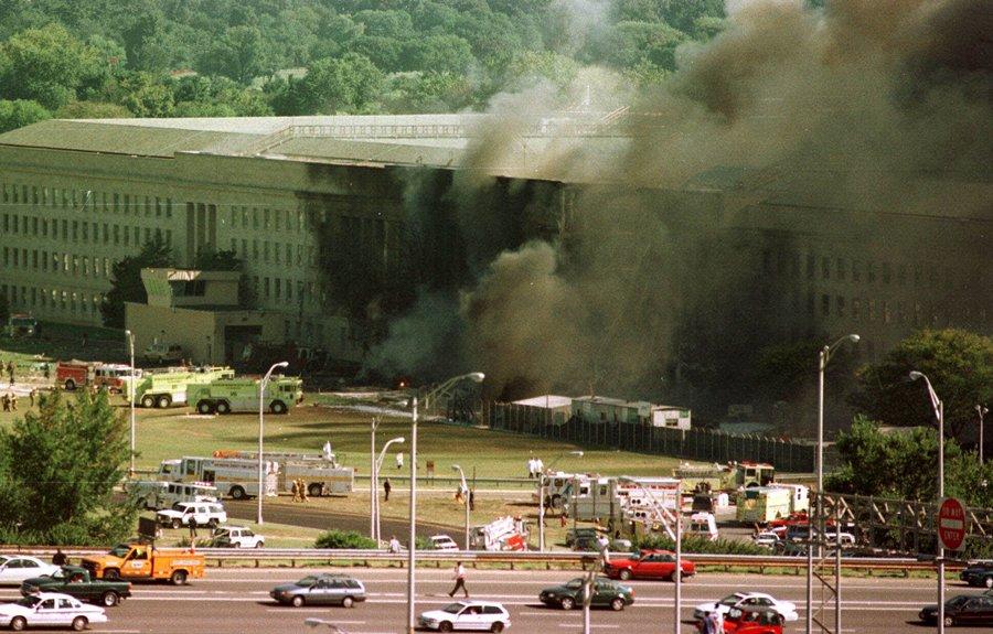 7. Um guia turístico no Pentágono deu assistência médica aos feridos do exterior