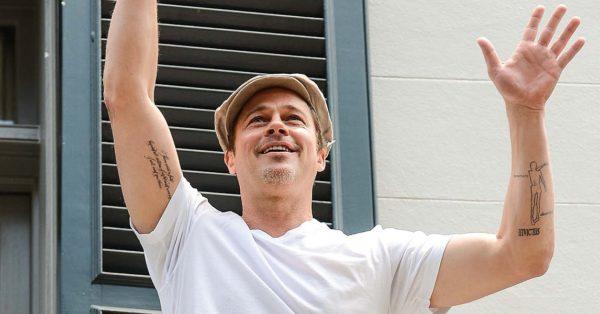 Nunca entendemos a tatuagem de Brad Pitt