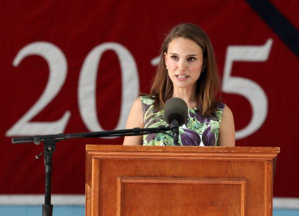 Antes de ser atriz, Natalie Portman tamém se graduou em Harvard