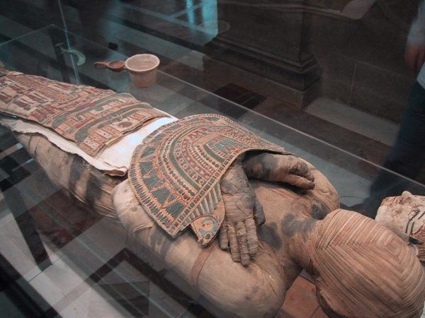 O coração não era removido na mumificação