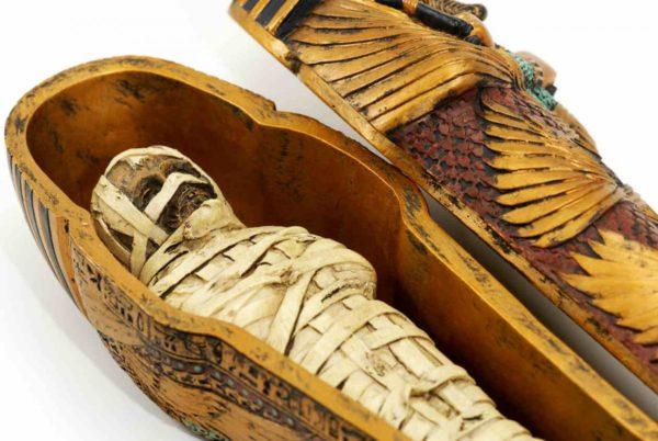 As bocas das múmias ficavam abertas para que sua alma respirasse