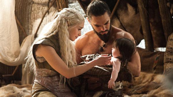 Khal Drogo ama Khalessi na ficção, mas a vida real é diferente