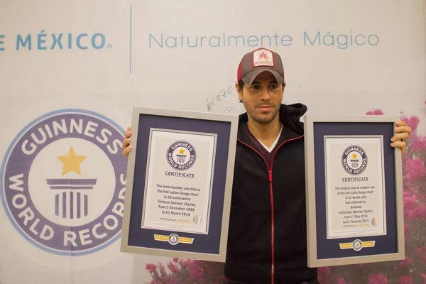 Enrique Iglesias, com mais hits latinos