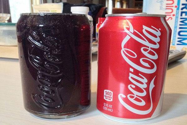 Uma coca-cola bem gelada