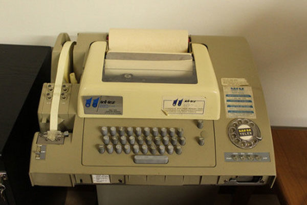 Telegramas e fax