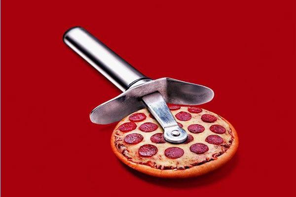 Um cortador de pizza literal