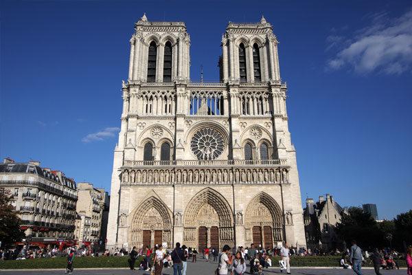 Notre-Dame, Paris, França