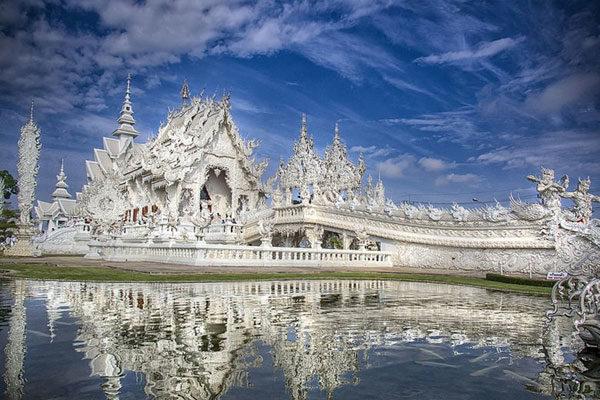 Wat Rong Khun, Tailândia